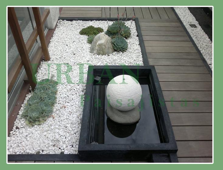 Urban paisajistas construcion de jardines residenciales - Jardineras con bambu ...